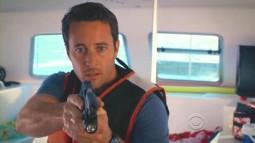 Hawaii.Five-0.2010.S01E17.avi_000389764