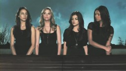 pretty.little.liars.s01e01-jmt.avi_000409640