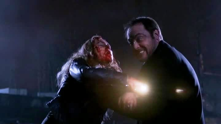 Meg contre Crowley