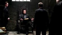 Crowley en enfer subit un démon mecontent